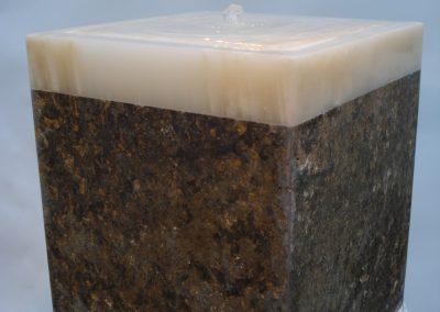Brunnen mit beleuchteter Onyx-Platte