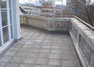 Restauration Balustrade München, Rißverpressung, Antragungen