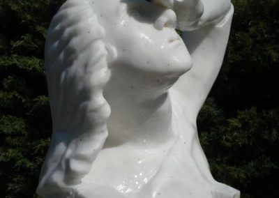 21 Fertige Skulptur